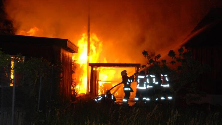 Brand eines Schopfes in Deitingen