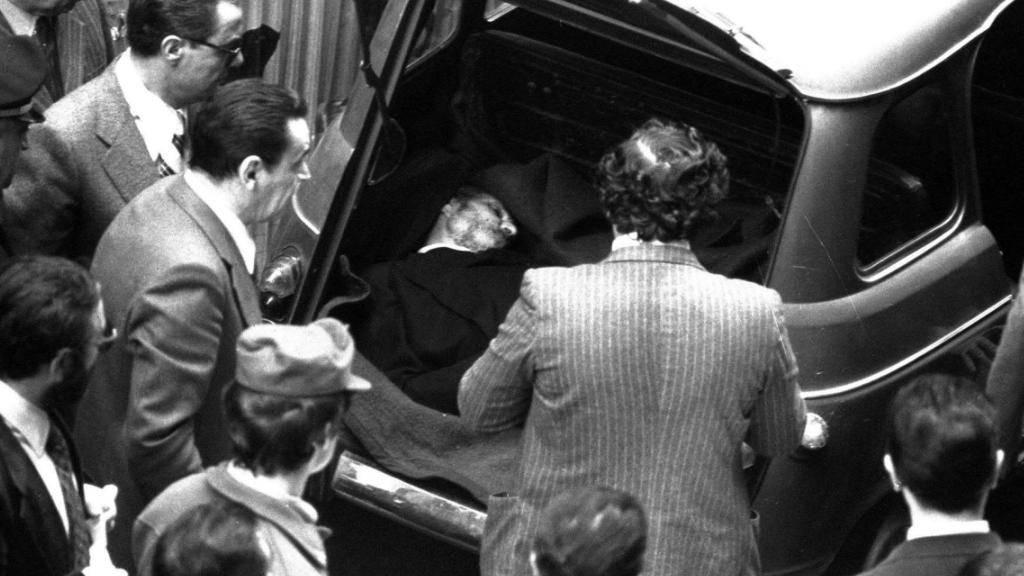Die Verhaftung von Battisti hat im Tessin eine Polemik um Alvaro Baragiola entfacht, dem von Italien eine Beteiligung am Mord des früheren Regierungschefs Aldo Moro im Jahr 1978 vorgeworfen worden war. Mangels Beweisen wurde er damals jedoch von der Schweizer Justiz in diesem Fall freigesprochen.