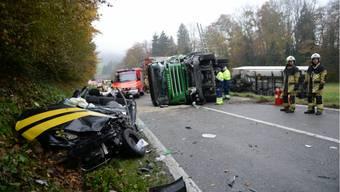 Der Unfall zwischen einem Postauto und einem Lastwagen Anfangs Jahr zwischen Endingen und Lengnau forderte mehrere Tote und Schwerverletze.