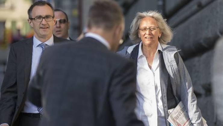 Wehren sich gegen Vorwurf der Rassendiskriminierung: SVP-Generalsekretär Baltisser und seine Stellvertreterin Bär. (Archivbild)