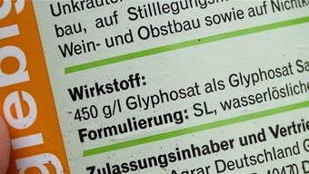 Der Einsatz des umstrittenen Pflanzenschutzmittels Glyphosat führt zu hitzigen Diskussionen. Carsten Rehder/EPA