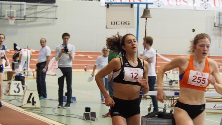 Valentina Rosamilia (links) im 400m (Bild: Philip Salathe)