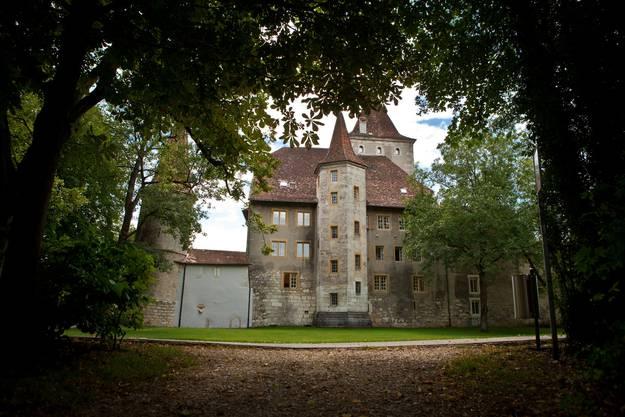 Das Schloss Nidau ist Sitz des Verwaltungskreises Biel
