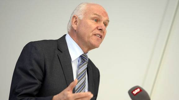 Swissmem-Präsident Hans Hess warnt vor der «Katze im Sack».