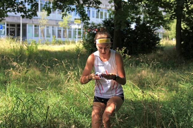 Anina Brunner im Trainingslager in Les Rousses