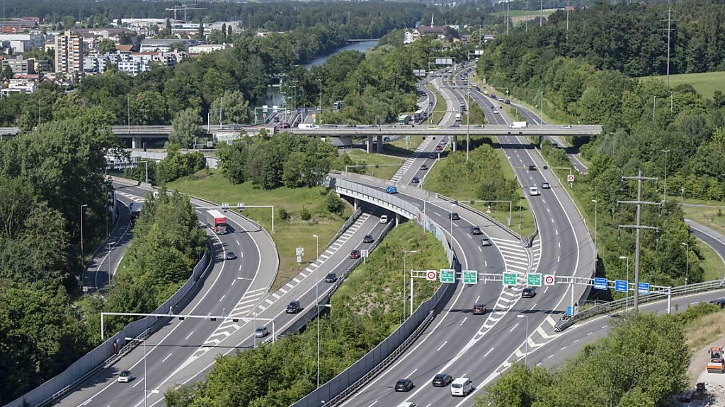 Die Autobahnverzweigung Rotsee bei Luzern, wo das umstrittene Umfahrungsprojekt Bypass gebaut werden soll. (Archivbild)
