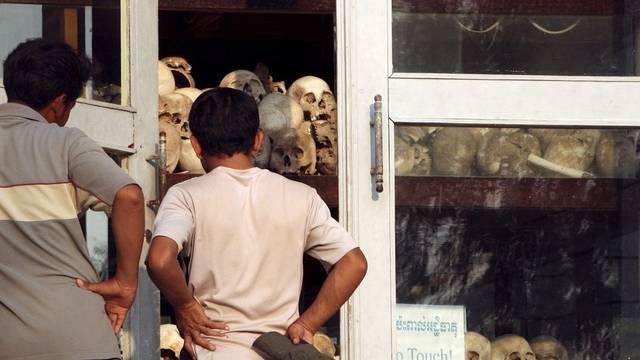 Opfer der Roten Khmer in einer Gedenkstätte nahe Phnom Penh (Symbolbild)