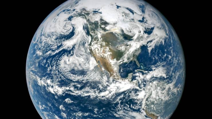 Aufnahme der Erde vo der US-Weltraumbehörde Nasa. (Archivbild)