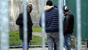 Asylsuchende im Empfangs- und Verfahrenszentrum in Chiasso (Archiv)