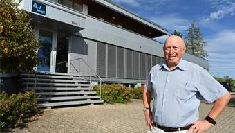 Peter Vogt, Gründer der Vogt AG, posierte nur widerwillig vor seinem Wohnhaus und Büro in Lostorf.