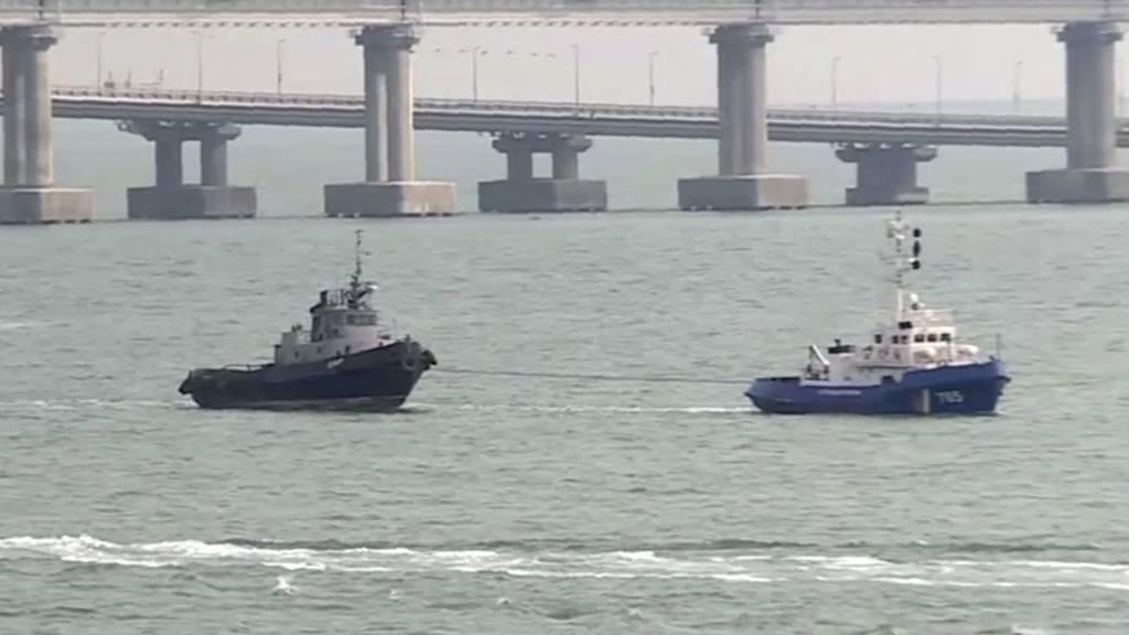 Russland gibt der Ukraine drei beschlagnahmte Kriegsschiffe zurück