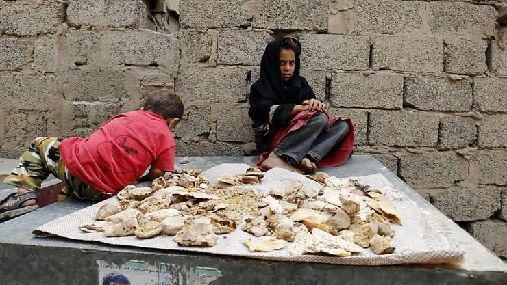 Kämpfen statt spielen: Kinder im Jemen leiden besonders unter dem Konflikt. (Archiv)