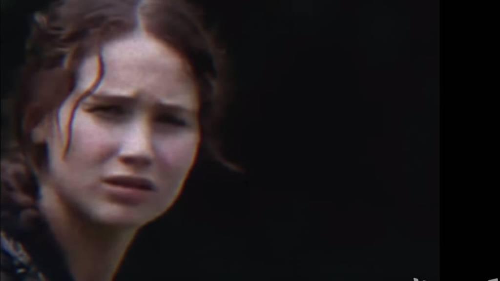 Jennifer Lawrence in der 90er-Version der Tribute von Panem.