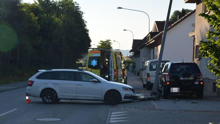 Dem Lenker wurde der Führerausweis nach dem Unfall abgenommen.