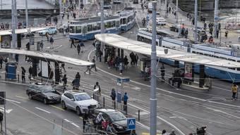 Der Bezirksrat weist eine Initiative für ein autofreies Zürich ab.