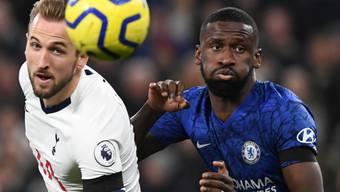 Harry Kane (links), hier gegen Chelseas Antonio Rüdiger, ist ein Trumpf im Spiel der Spurs