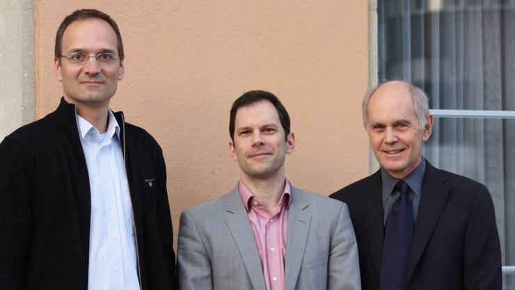 Motivierende Vorträge rund um die Gebäudesanierung am Energie Apéro in Aarau. Von li nach re: die Referenten Emil Franov, Michel Müller, Werner Setz.