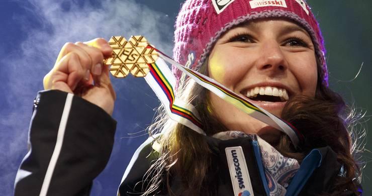 Irgendwann gehört er ihr, der Platz ganz zuoberst auf dem Podest. Nicht nur in der Kombination. Auch im Slalom. Irgendwann wird Wendy Holdener (23) den US-Überflieger Mikaela Shiffrin besiegen. Wir leiden mit. Und freuen uns bis dahin an Kombi-Siegen und zweiten Rängen. Sie kann für das Schweizer Highlight am letzten WM-Wochenende sorgen.