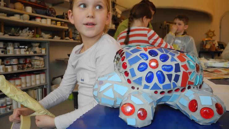 So wie die Schildkröte im Vordergrund soll das Tier von Anna (7) dereinst aussehen.