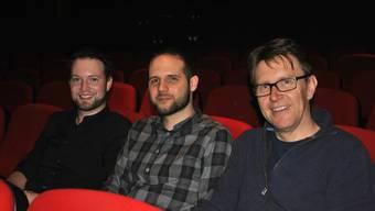 Freuen sich auf die Schweizer Premiere von «Fearless Journey»: Die Filmemacher Andi Batliner und Sandro Schreiber sowie Philipp Weiss vom Fricks Monti (v.l.).
