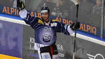 Ambris Jason Fuchs trifft beim 3:0-Auswärtssieg in Langnau doppelt