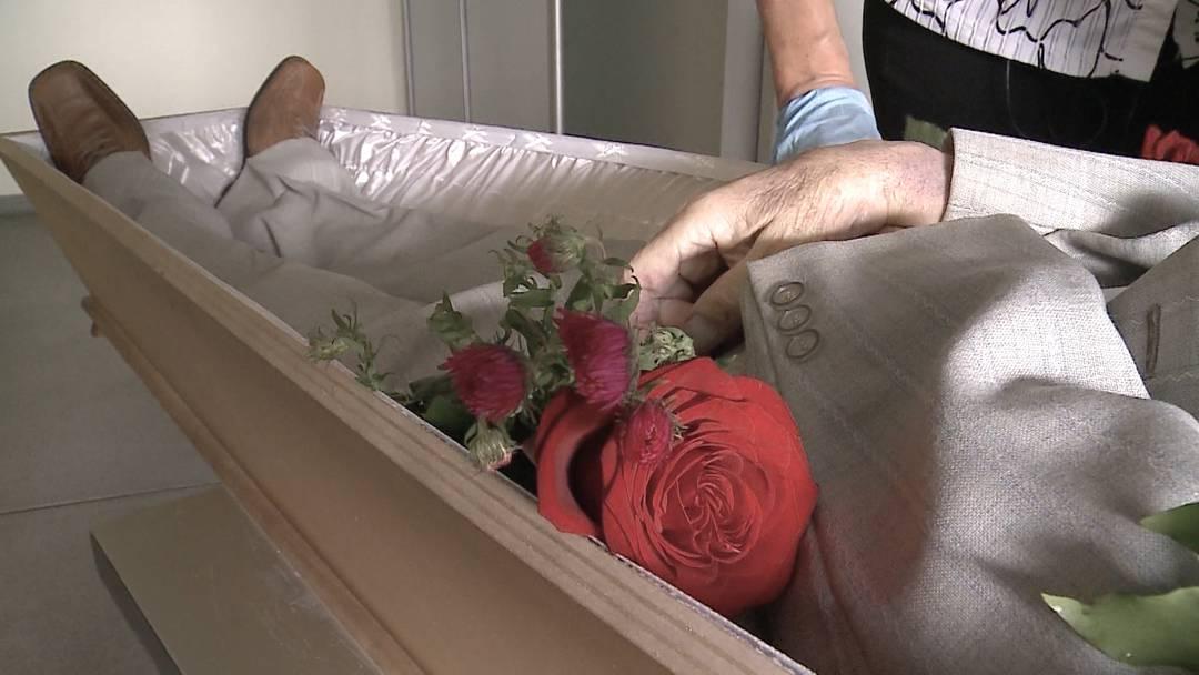 Drei Viertel aller KSA-Bestattungen landen laut SVP bei demselben Bestatter
