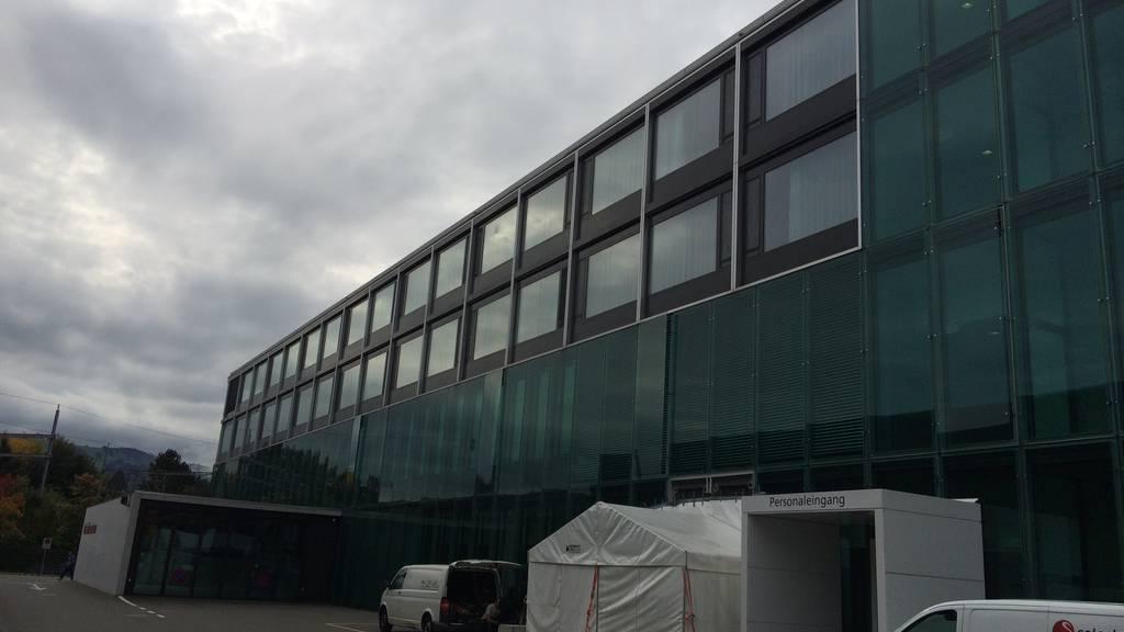 Zuger Kantonsspital: Fassade muss bereits saniert werden