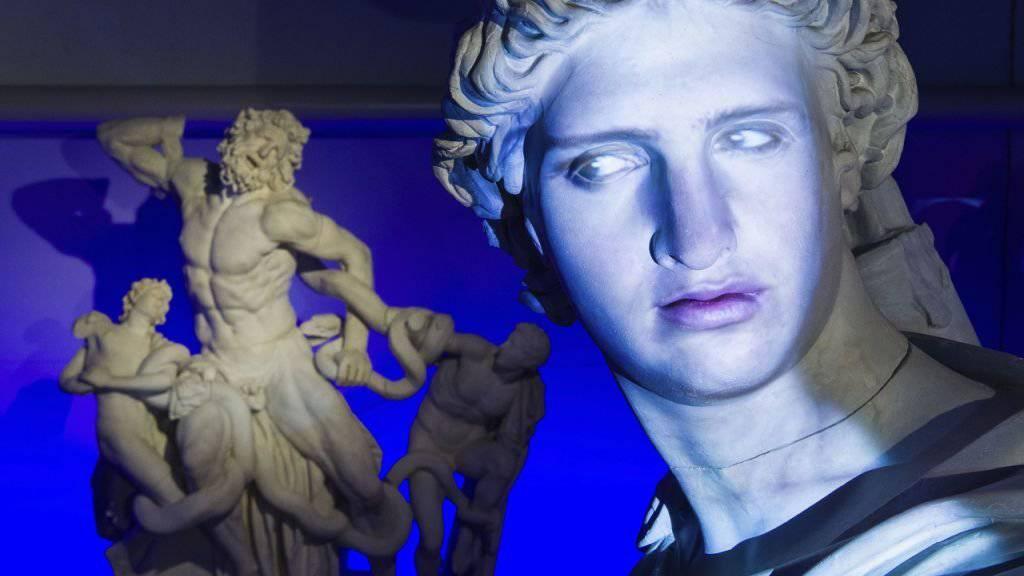 Der Schauspieler Antonio Ramón Luque leiht dem Sonnengott Apollo seine Stimme und sein Gesicht.