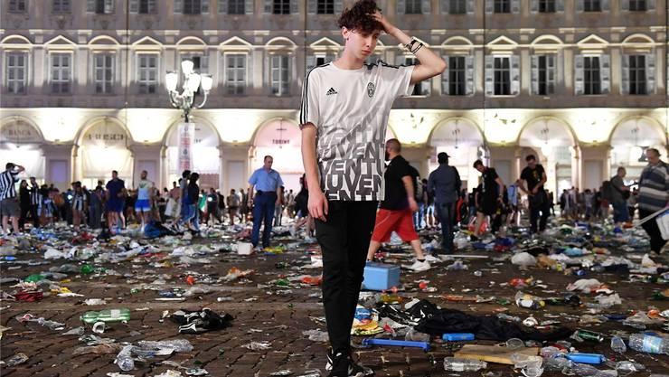 Die Turiner Massenpanik am Samstag forderte 1500 Verletzte.A. Di Marco