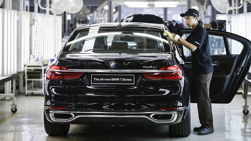 Die Entwicklungskooperation von Daimler und BMW  für das automatisierte Fahren ist vorerst gescheitert. (Archivbild)