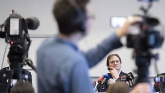 Riesiger Rummel: Arno Del Curto im Fokus der Kameras.