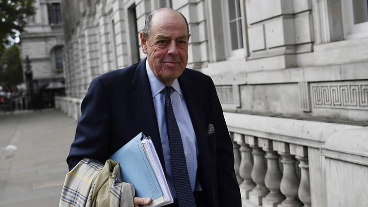 Nicholas Soames, der von Boris Johnson aus der Tory-Fraktion geworfene Enkel des legendären britischen Kriegspremiers Winston Churchill rechnete in einem Interview mit dem Regierungschef ab. (Archivbild)