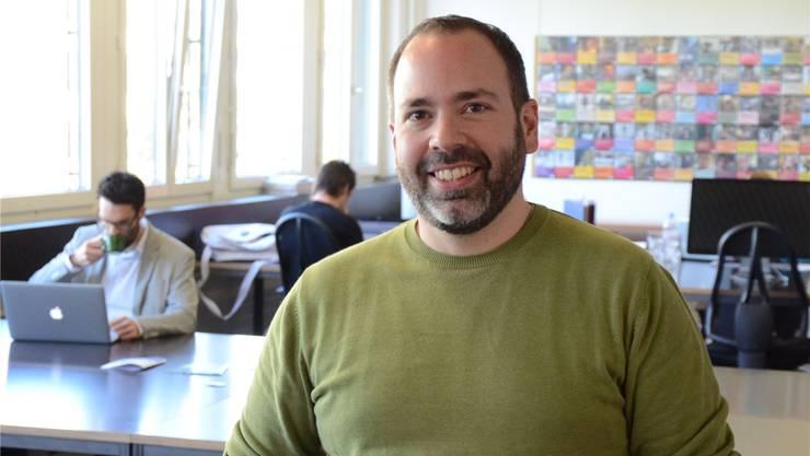 Sandro Barbieri und seine Firma Redsmoke haben in Schlieren einen Coworking Space geschaffen. fni