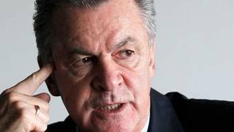 Ottmar Hitzfeld will die Auftstellung noch nicht bekannt geben. (Archiv)