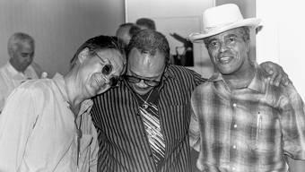 Drei Grössen in Montreux: Festival-Gründer Claude Nobs, Quincy Jones und Jon Hendricks (von links) im Jahr 1991.