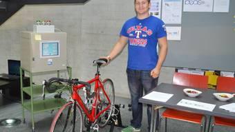 Aus einem Rennvelo hat Philipp Zimmer den Prototypen für sein Projekt entwickelt.