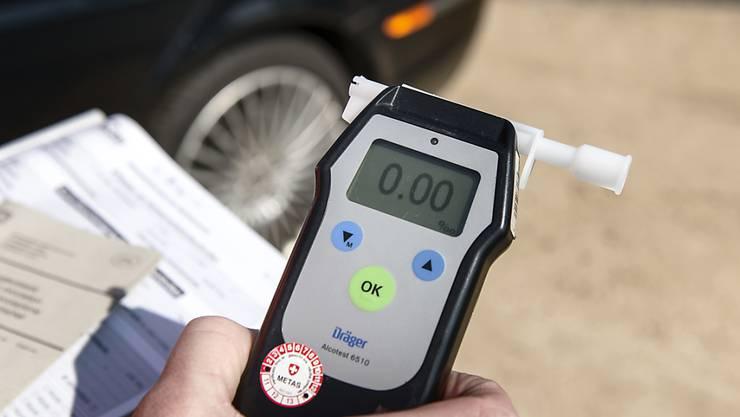 Die Polizei musste 2017 weniger Menschen den Führerausweis entziehen, weil sie betrunken Auto fuhren. Wegen Fahrens unter Drogeneinfluss sind es dagegen mehr geworden.