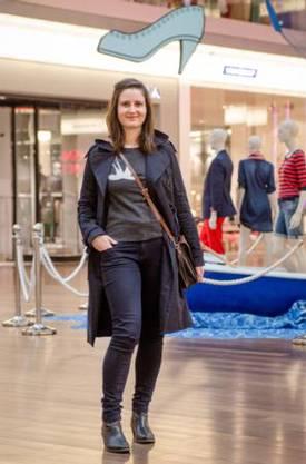 Sophie Rüesch vor der Shopping-Tour