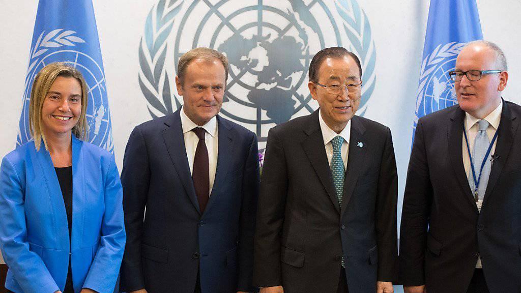 UNO-Generalsekretär Ban Ki Moon mit EU-Vertretern: Sie gehören zum Nahostquartett, das nun mit arabischen Nachbarn Israels und Palästinas ergänzt werden soll. (Archivbild)