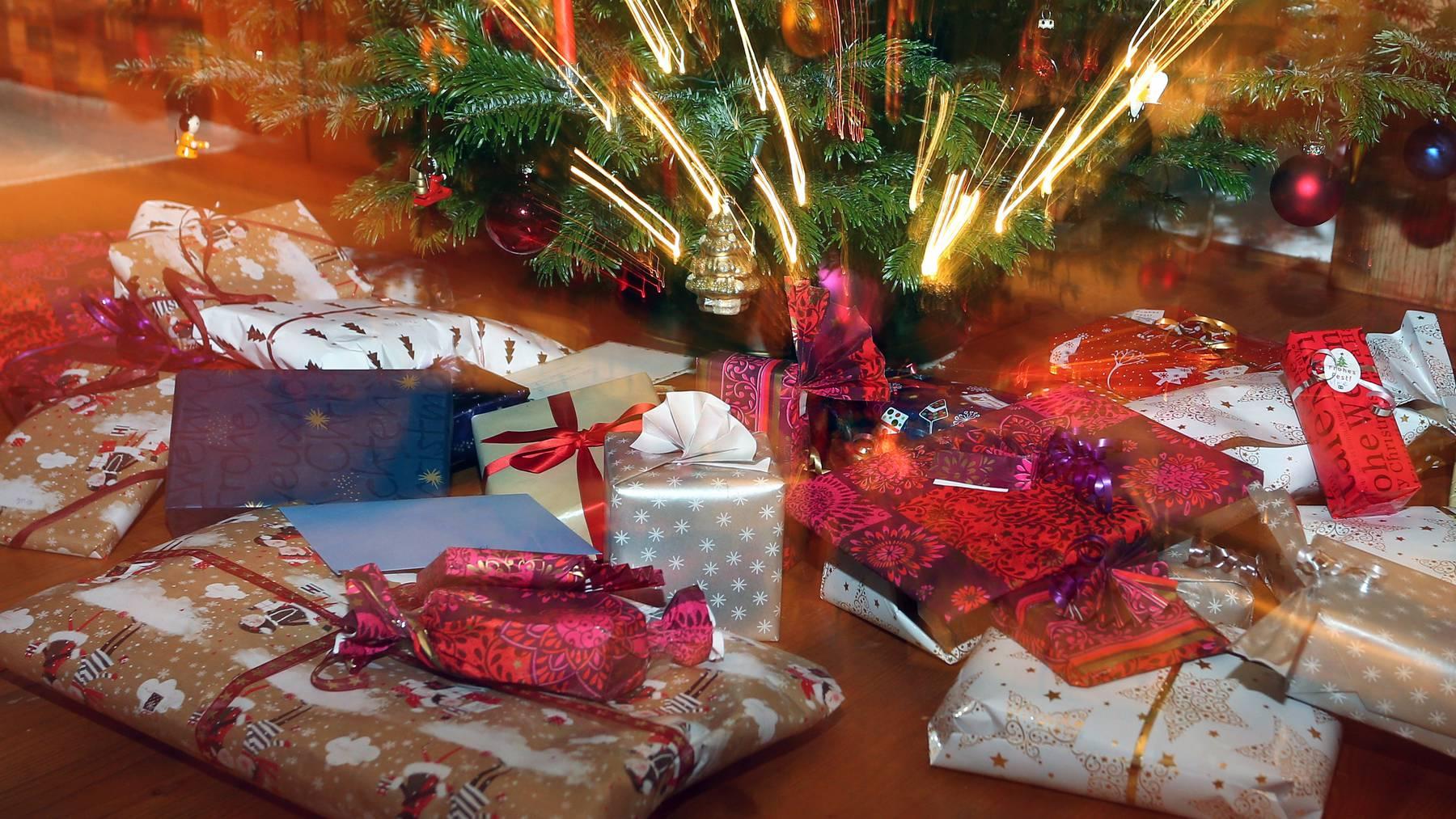 Diese Weihnachten wollen laut einer Befragung 20 Prozent nichts verschenken.
