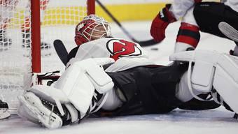 Die New Jersey Devils (im Bild Goalie Cory Schneider) verlieren auch das dritte NHL-Saisonspiel