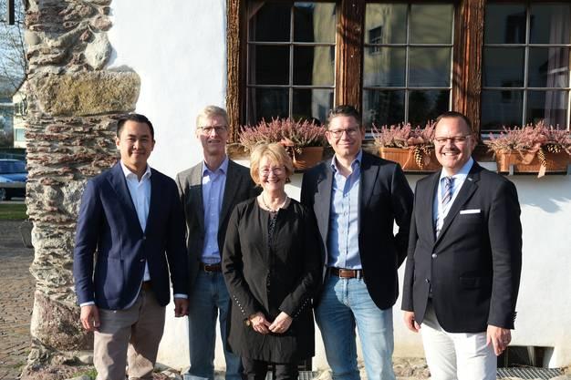 Die FDP konnte ihren dritten Sitz nicht verteidigen Yiea-Wey Te, Andreas Geistlich, Barbara Angelsberger, André Müller und Gérald Künzle.