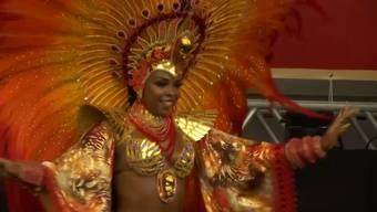 Thumb for 'Rio de Janeiro: Die Eröffnungsfeier des Karnevals endet im Chaos'