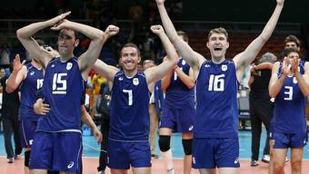 Italiens Volleyballer freuen sich über den Einzug in den olympischen Final