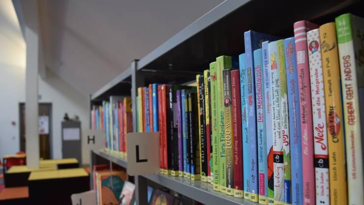 In Uitikon und Unterengstringen werden Bücher bei Bedarf nach Hause geliefert.