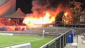 Ein Teil des Stadions musste evakuiert werden, verletzt wurde niemand.