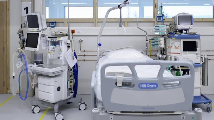 Im April gab es in gewissen Spitälern nur noch wenige leere Betten auf Intensivstationen.