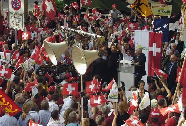 Legendäre Kundgebung der SVP in Bern vom 6.Oktober 2007.