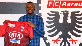 Yvan Alounga kriegt einen Profivertrag beim FC Aarau.