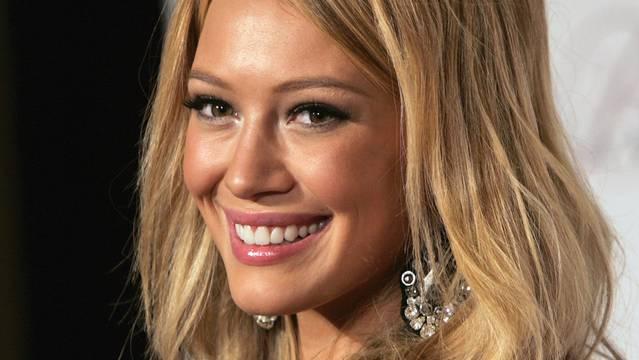 """""""Leute, das sind nur Gerüchte"""" twittert die US-Schauspielerin Hilary Duff (Archiv)"""